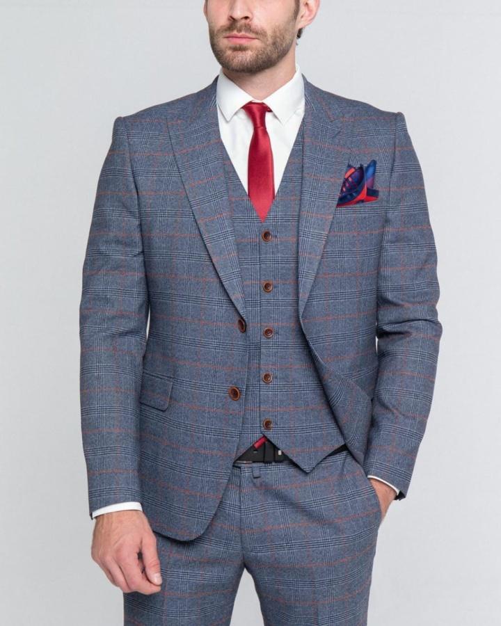 Серый костюм-тройка в английскую клетку Prince Phillip